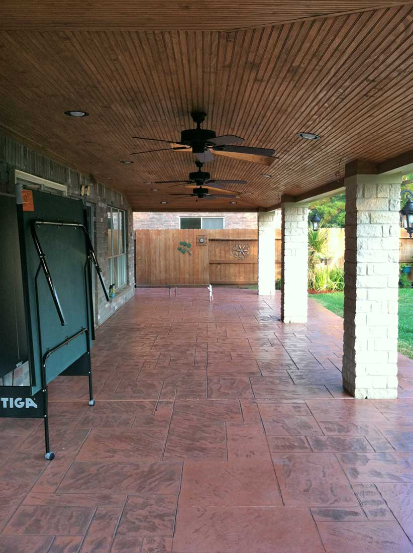 Patio Cover with Brick Columns and Outdoor Kitchen (Houston)