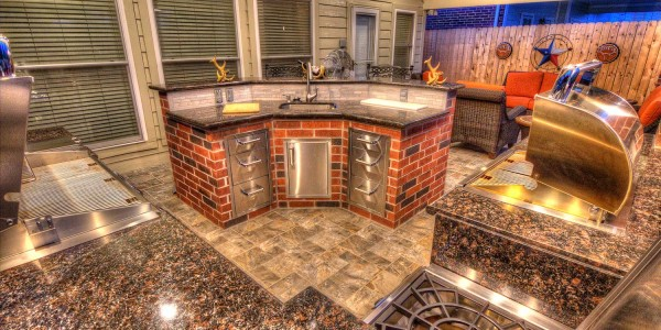 Outdoor Kitchens by HHI Patio Covers