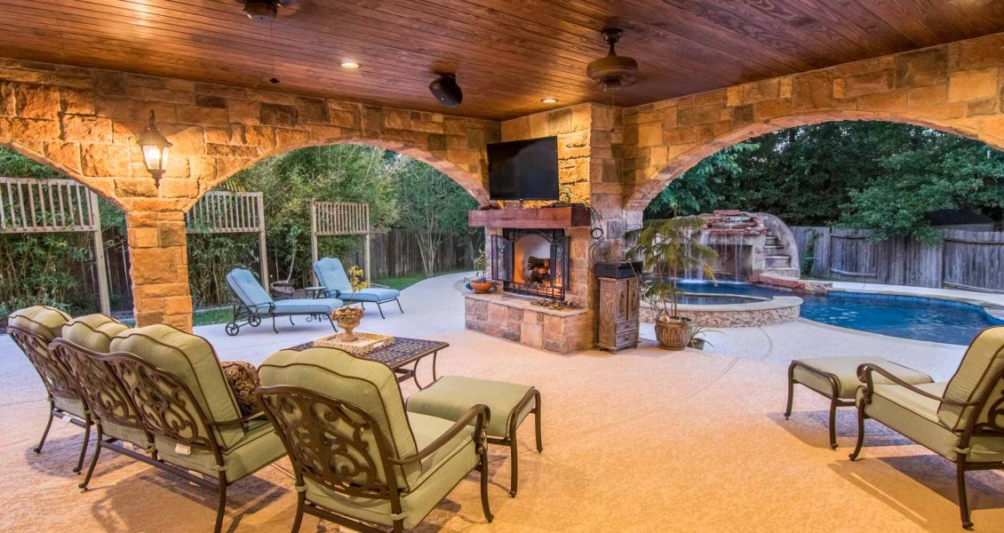 patio-cover-with-fireplace
